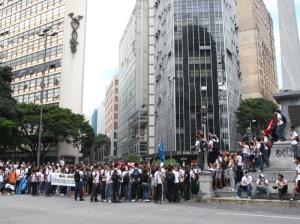 Estudantes fazem manifestação