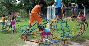 arq-creche-criancas-brincando_1
